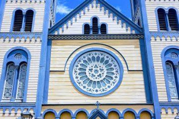 De Sint Petrus en Pauluskathedraal