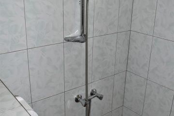 klein-wanica-2-badkamer-douche